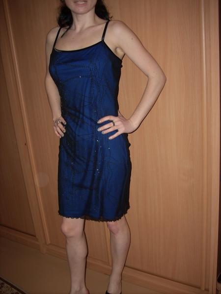 8d59b733aaa3 Predám spoločenské krátke šaty na ramienka - Šaty - bazar - MAXbazar.sk