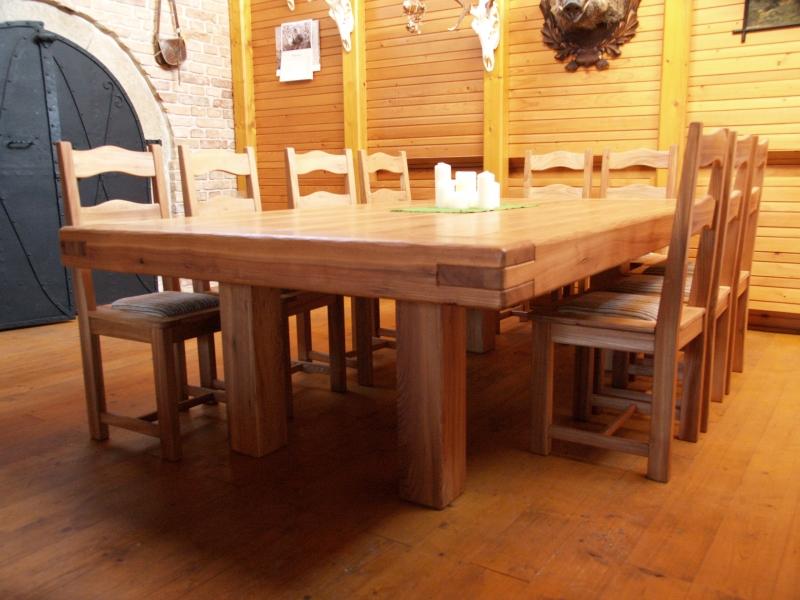 283da888f29b Predám stôl z masívu-brest pre 12 ľudí+12stol. - Stoly - bazar ...