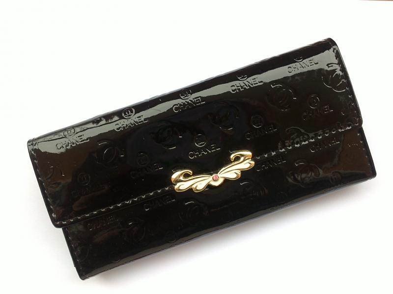 d3282c0675 CHANEL lakovaná peňaženka - Ostatné oblečenie - bazar - MAXbazar.sk