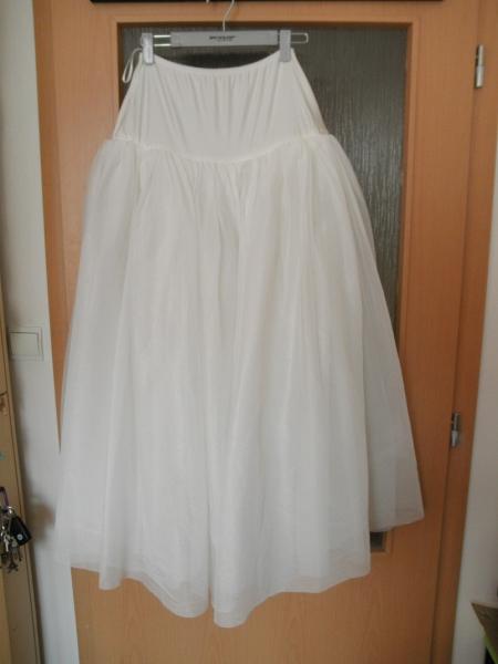 Predam luxusne svadobne saty (kremove) - Svadobné šaty - bazar ... 64462ef35fa