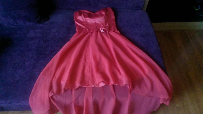 048abac6749e Predám pekné NOVE spoločenské šaty - Šaty - bazar - MAXbazar.sk
