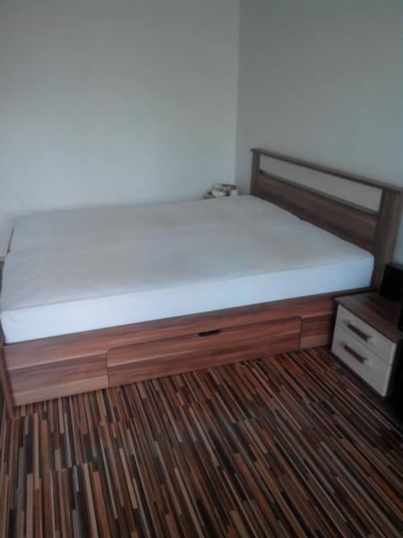 5ba7a06dee679 Predám manželskú posteľ - Spálne - bazar - MAXbazar.sk
