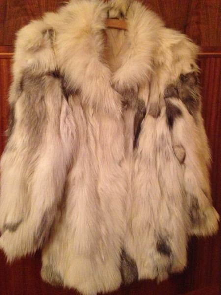 81cb28af5b85 predám dámske kožuchy strieborná líška - Bundy a kabáty - bazar ...