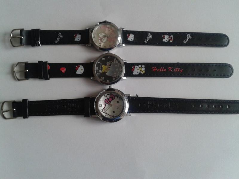 Krásne štýlové Hello Kitty hodinky - Komplety 08a73c10d82